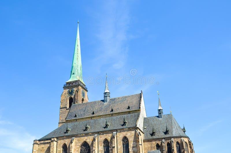 Detalle de la catedral gótica de San Bartolomé en Plzen, República Checa Catedral histórica en el centro de la ciudad Ciudad tamb fotos de archivo
