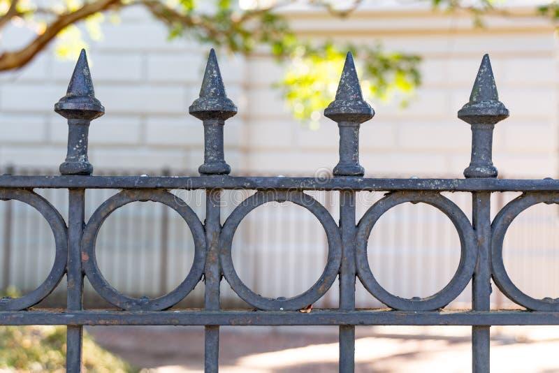 Detalle de la cerca del hierro imagen de archivo