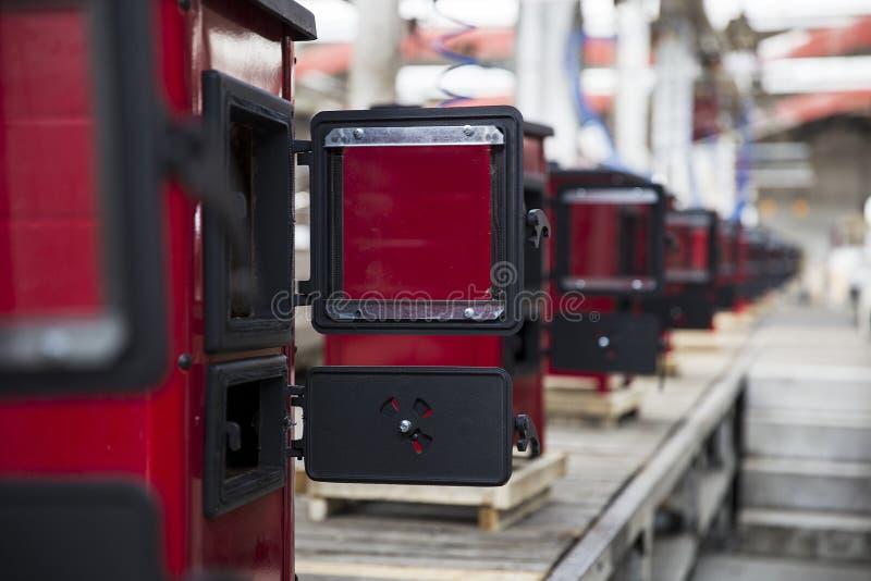 Detalle de la fábrica de la estufa fotografía de archivo libre de regalías