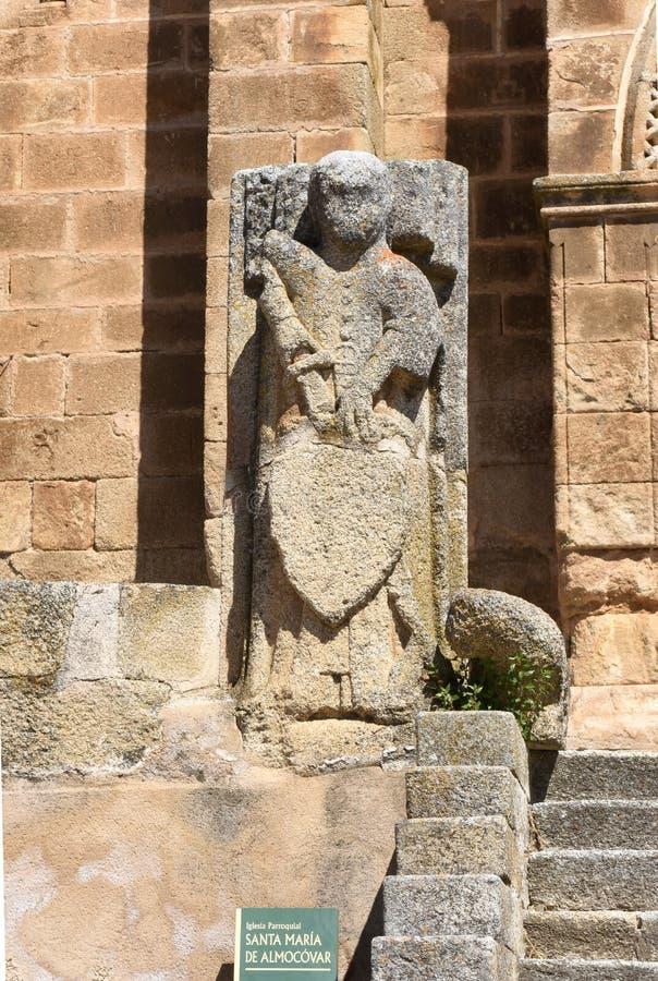 Detalle de la iglesia Románica de San Pedro de Almocovar, Alcantara imagenes de archivo