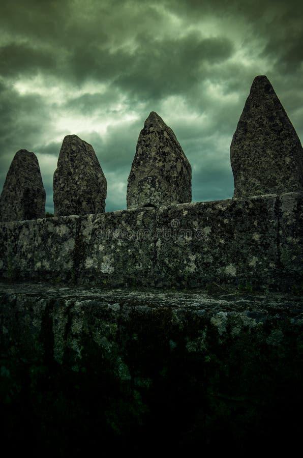 Detalle de la pared del castillo fotos de archivo