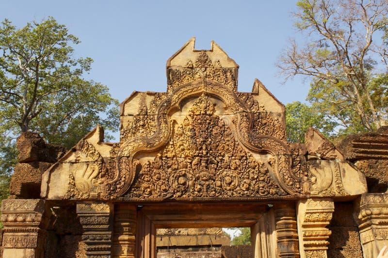 Detalle de la talla de piedra del khmer imagenes de archivo