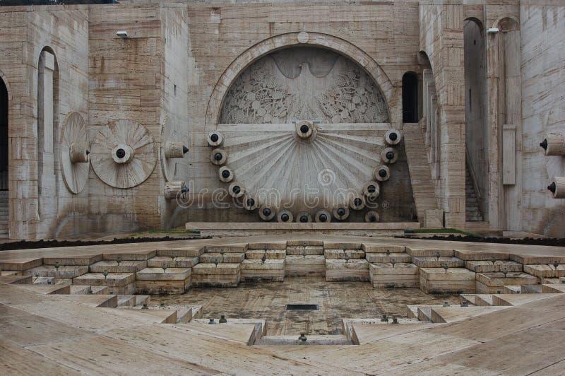 Detalle de las cascadas en Ereván, Armenia fotos de archivo