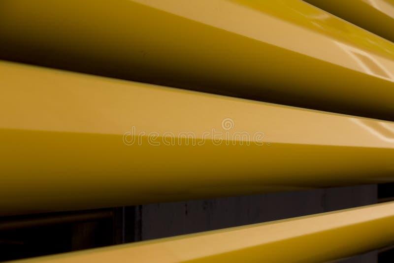 Detalle de las cortinas amarillas imagen de archivo