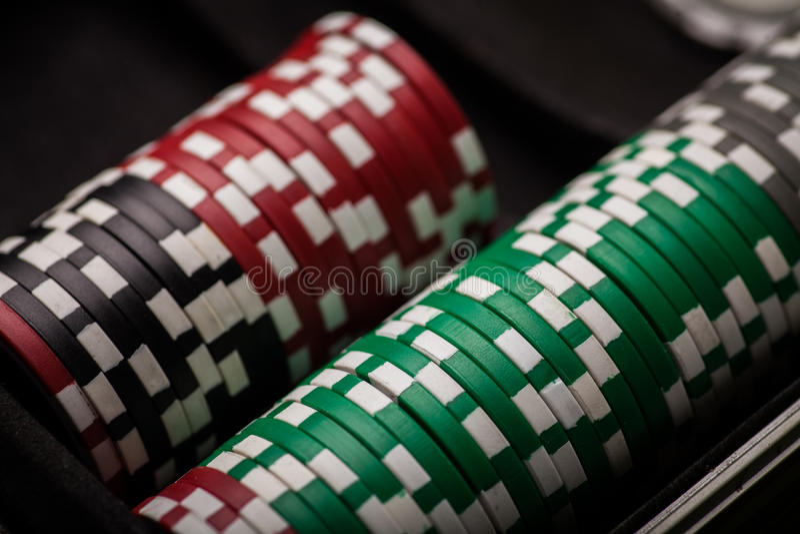 Detalle de las fichas de póker imagenes de archivo