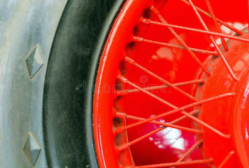 Detalle de las ruedas el coche fotografía de archivo libre de regalías