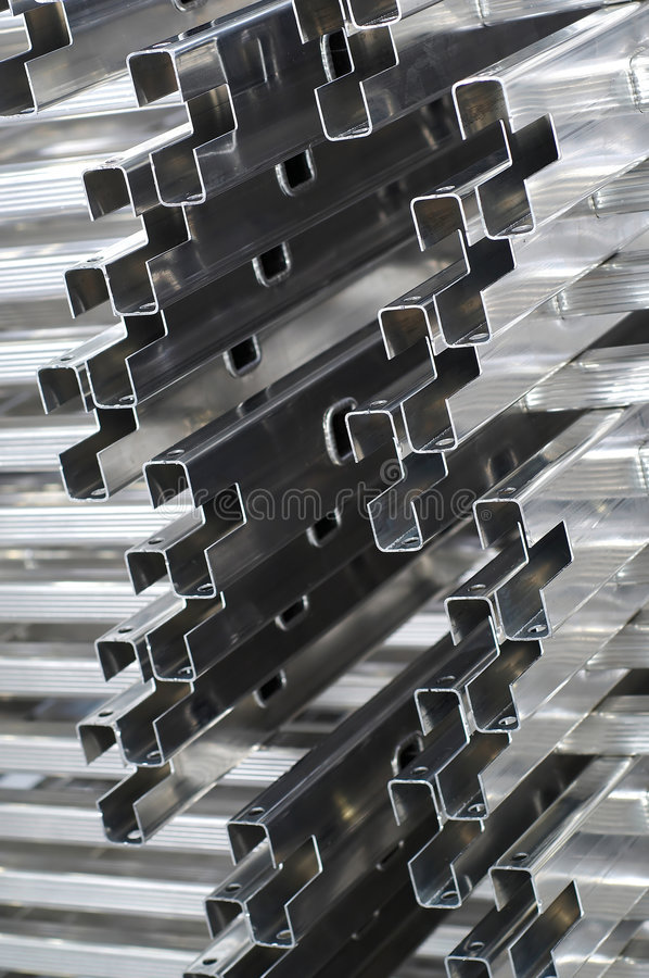 Detalle de los perfiles de aluminio imagen de archivo
