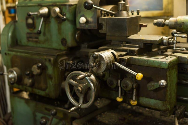 Detalle de una máquina del torno fotos de archivo