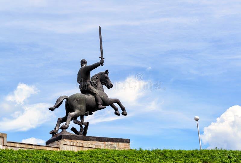 Detalle de Victory Monument en Novgorod el grande imagenes de archivo