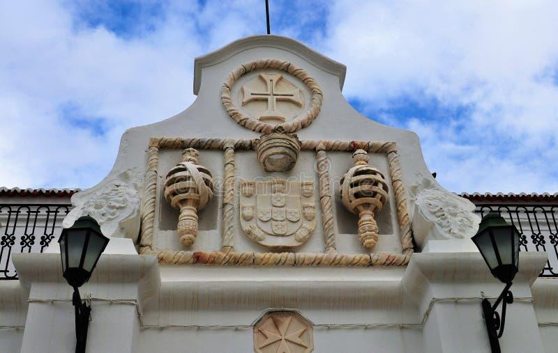 Detalle del ataque frontal principal del convento de Maltezas - Centro Ciência Viva de Estremoz fotos de archivo
