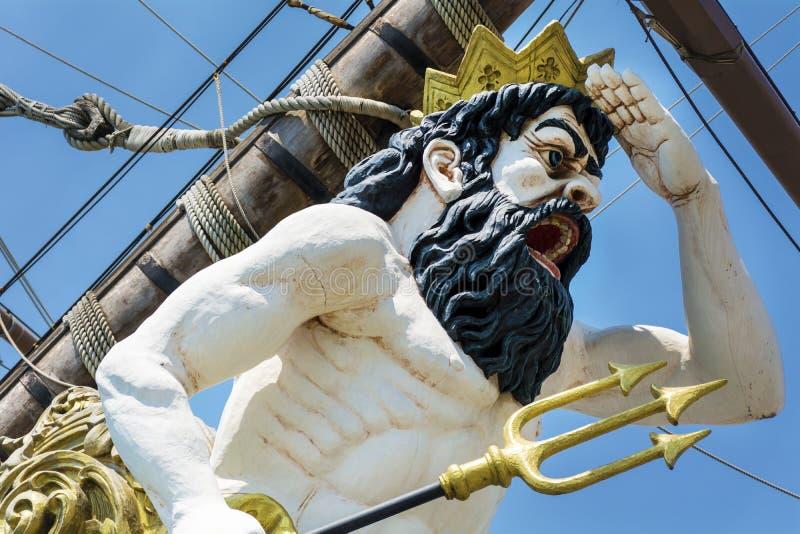 Detalle del barco pirata del galeón de Neptuno en Génova, Italia imagen de archivo
