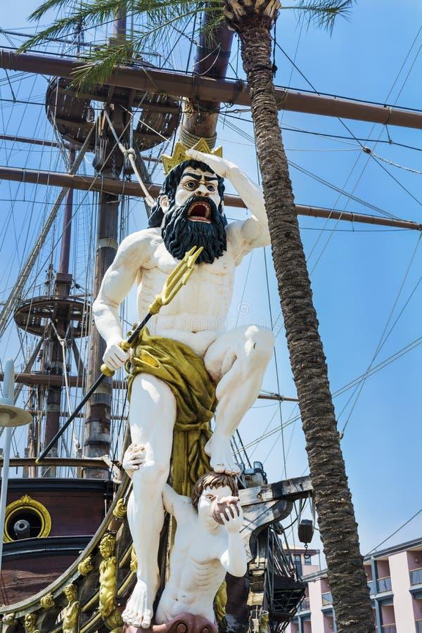 Detalle del barco pirata del galeón de Neptuno en Génova, Italia foto de archivo libre de regalías