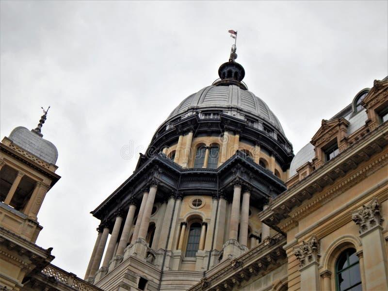Detalle del capitolio del estado de Illinois fotos de archivo