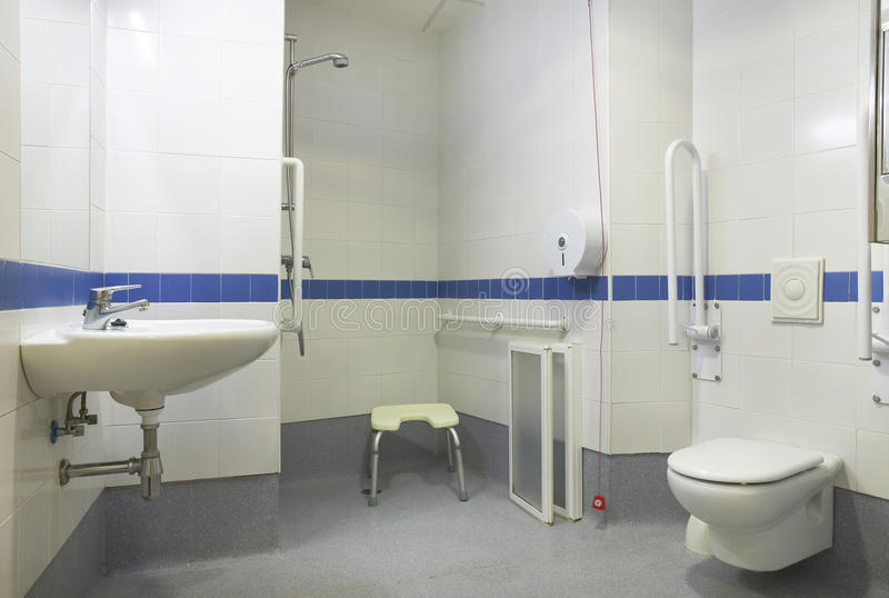 Detalle del cuarto de baño para la gente perjudicada fotos de archivo libres de regalías
