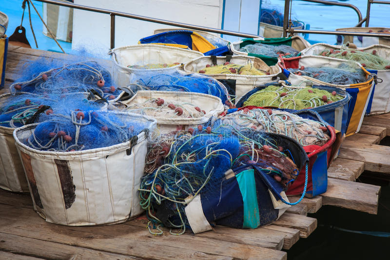 Detalle del equipo del barco de pesca, Chipre imagenes de archivo