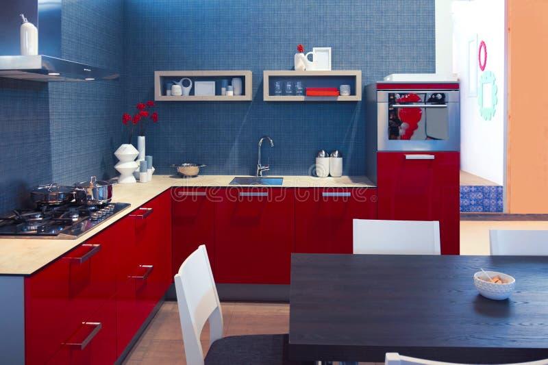 Detalle del interior casero de la cocina imagen de archivo