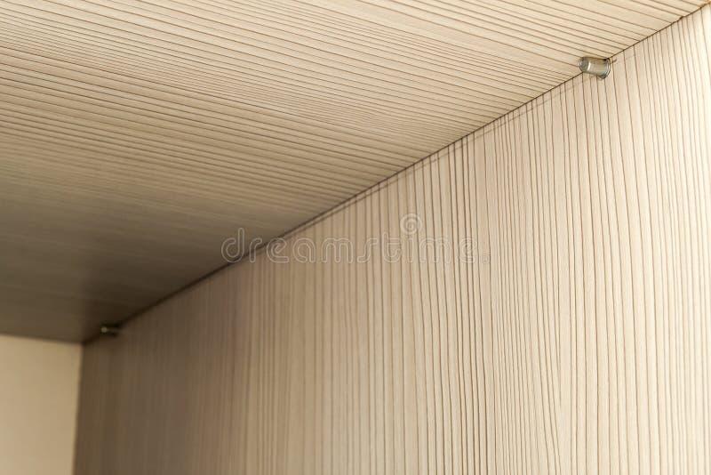 Detalle del interior de la construcción de los muebles de madera del estante foto de archivo libre de regalías