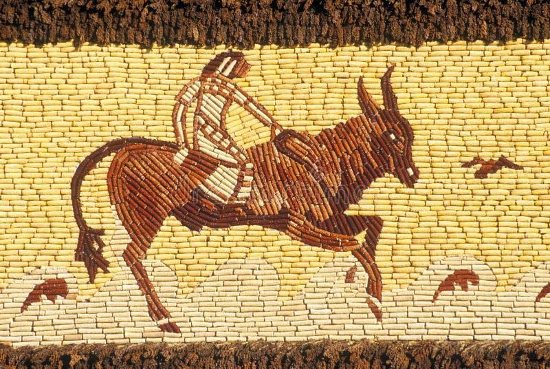 Detalle del mosaico en el palacio del maíz, atracción en Mitchell del oeste, SD del borde de la carretera fotos de archivo libres de regalías