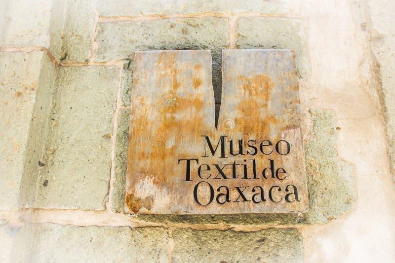 Detalle del museo de la materia textil de Oaxaca del textil de Museo de Oaxaca Mexic fotografía de archivo