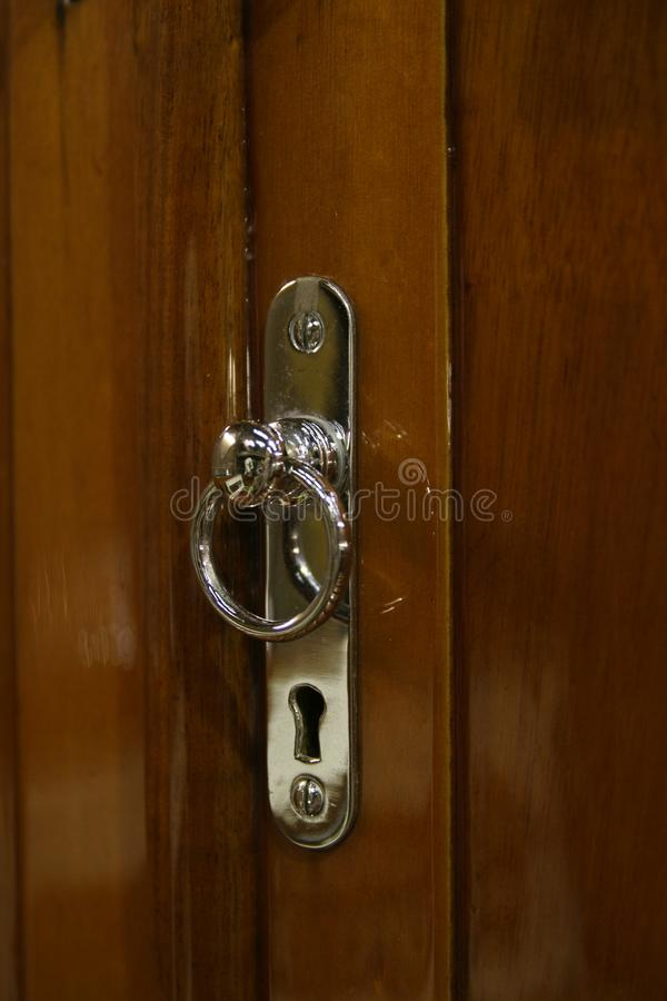 Detalle del tirador de puerta del yate del vintage imagen de archivo