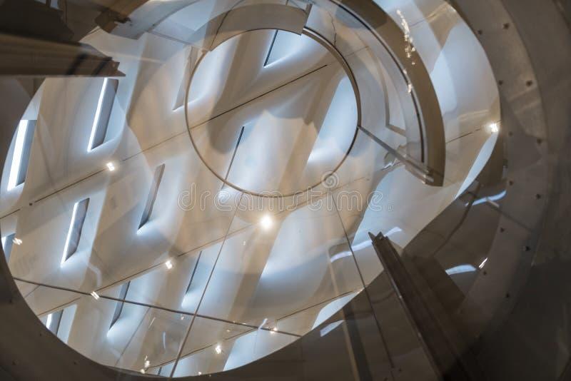 Detalle interior del techo de Art Museum contemporáneo amplio fotografía de archivo