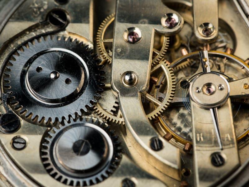 Detalle la vista del mecanismo de un reloj de bolsillo viejo foto de archivo libre de regalías