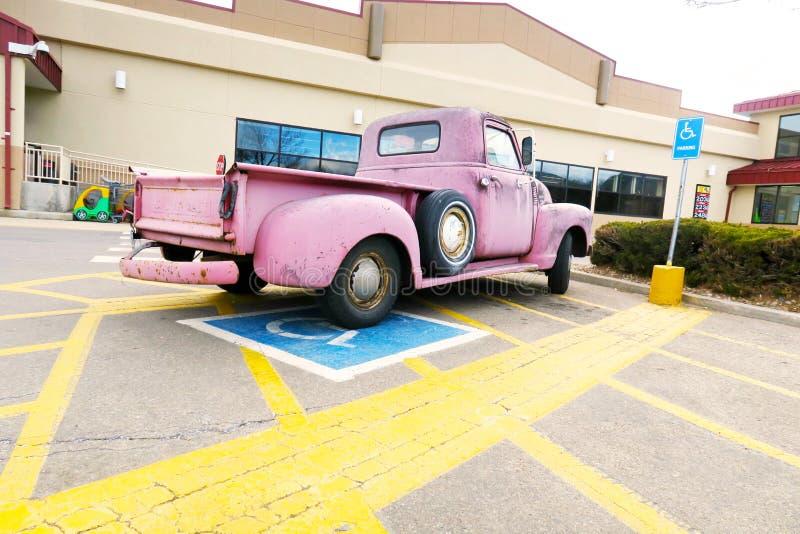 Detalle rosado del camión foto de archivo libre de regalías