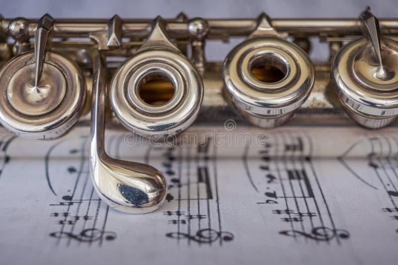 Detalle transversal de la flauta imagenes de archivo