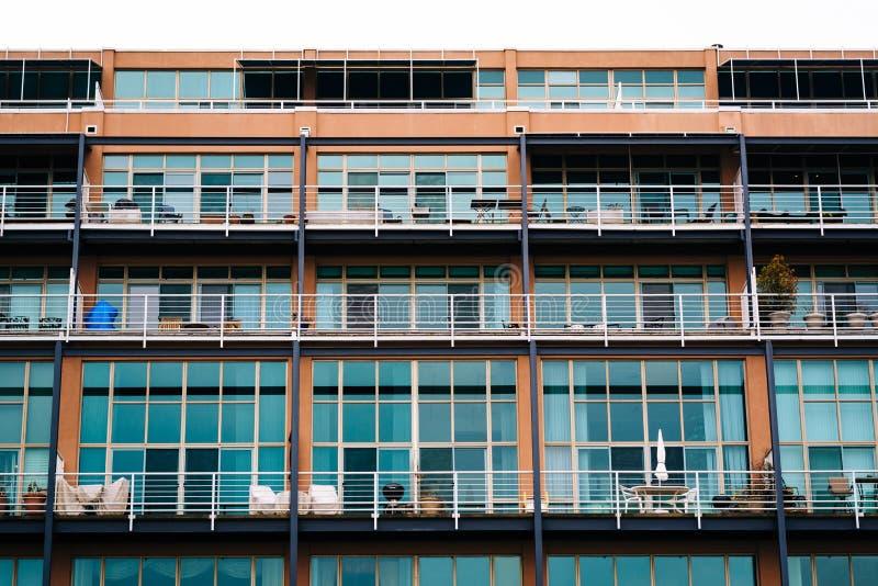 Detalles arquitectónicos modernos en cantón, Baltimore, Maryland fotos de archivo