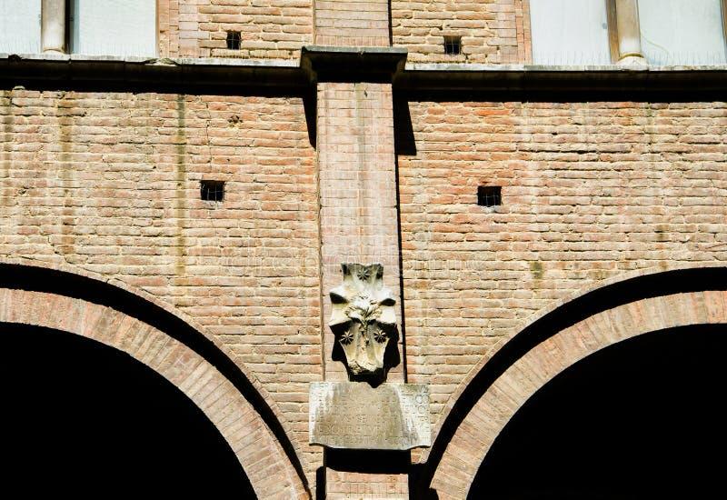 Detalles de edificios históricos en Piazza del Campo, Siena fotografía de archivo libre de regalías