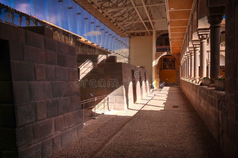 Detalles de la albañilería de Coricancha, templo famoso en Inca Empire, Cuzco, Perú fotos de archivo libres de regalías