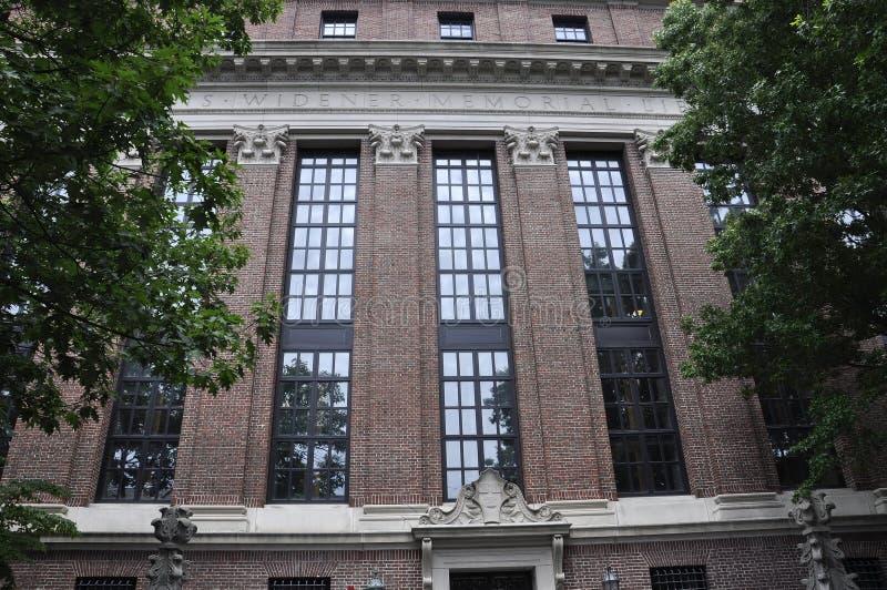 Detalles de la biblioteca de Harvard Widener del campus de Harvard en el estado de Cambridge Massachusettes de los E.E.U.U. fotografía de archivo