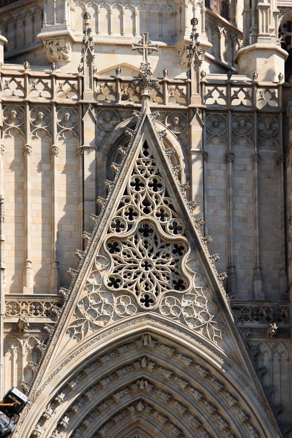 Detalles de la fachada de la catedral de Barcelona fotos de archivo libres de regalías
