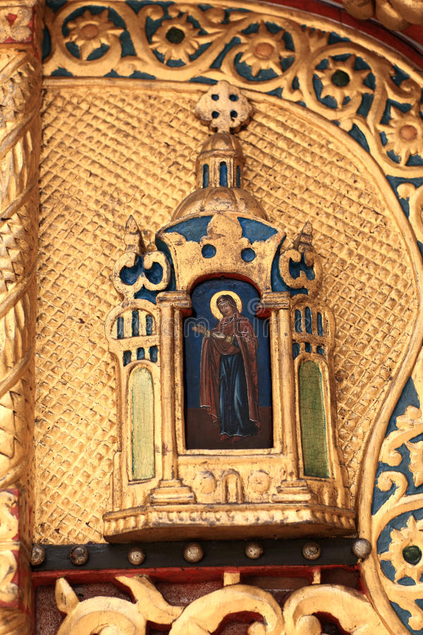 Detalles de la iglesia de la puerta imágenes de archivo libres de regalías