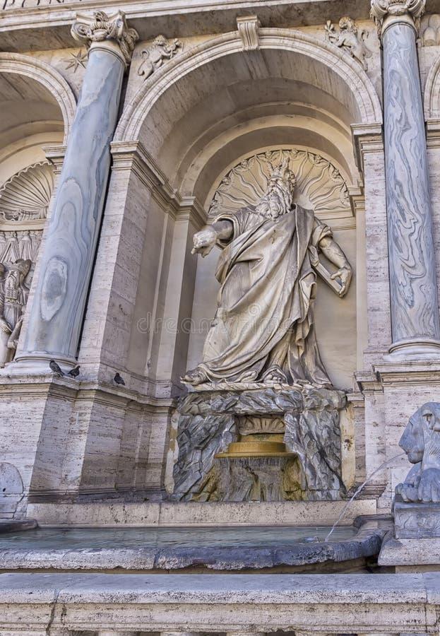 Detalles del dell monumental Acqua Felice de Fontana imágenes de archivo libres de regalías