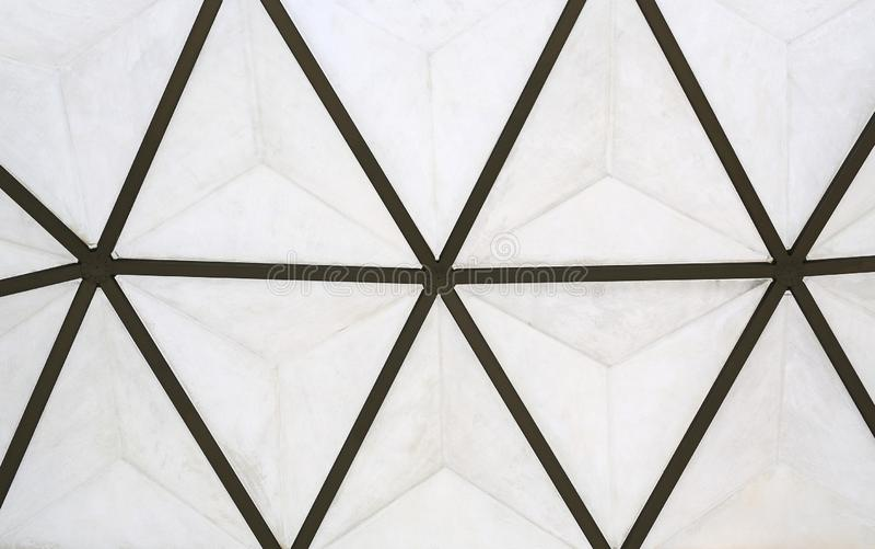 Detalles del haz de acero en el tejado de un edificio foto de archivo