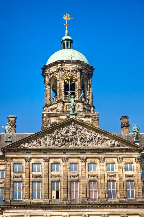 Detalles del palacio real, cuadrado de la presa, Amsterdam imagen de archivo