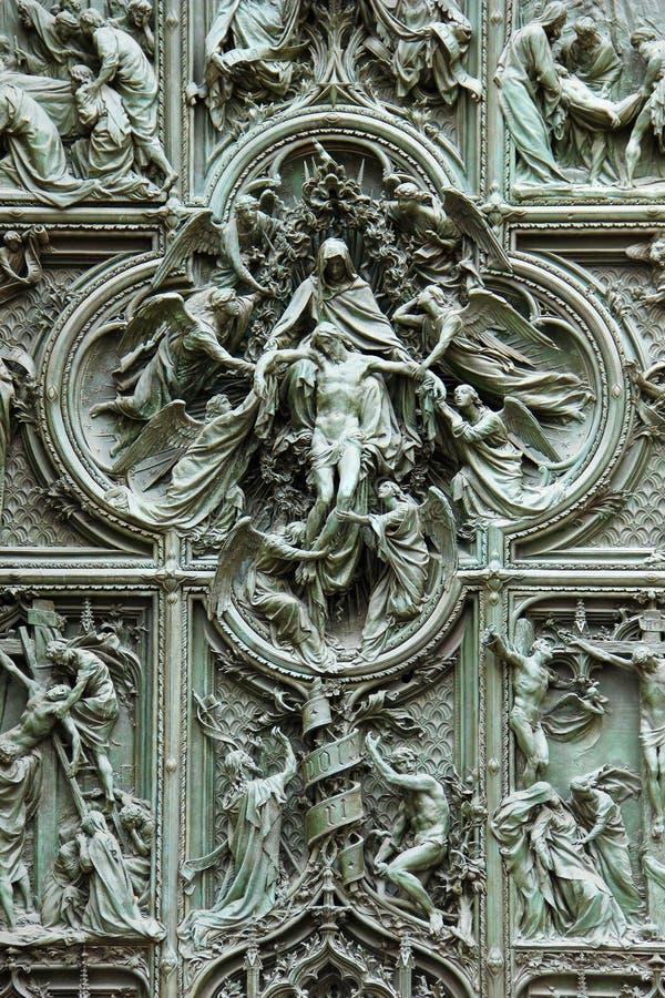 Download Detalles En La Puerta De La Catedral Del Duomo Foto de archivo - Imagen de religión, arte: 44852722