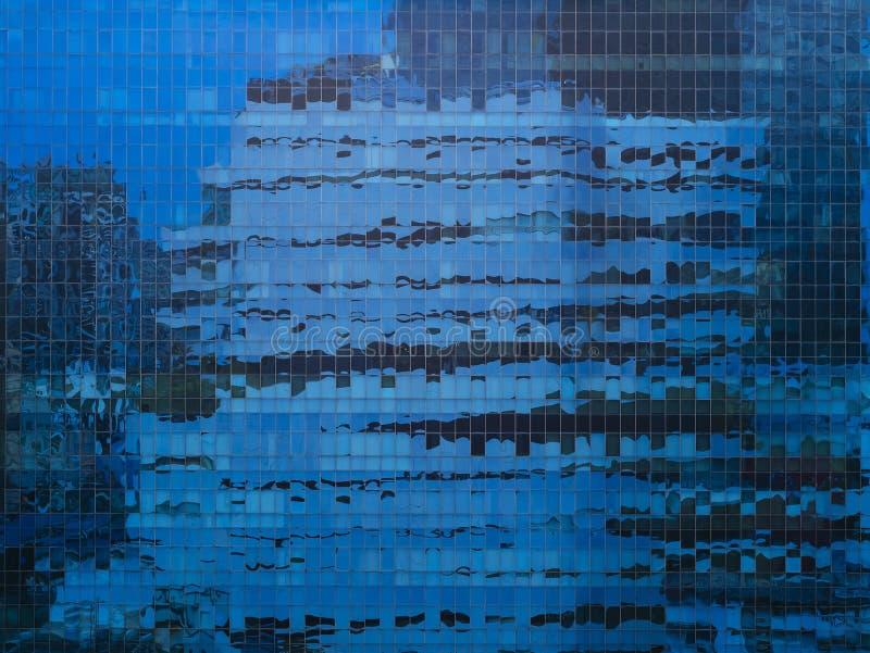Detalles modernos exteriores de la arquitectura de la fachada de cristal imágenes de archivo libres de regalías