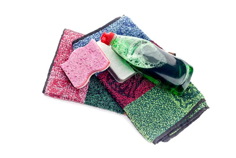 Detergent i washcloths na białym tle fotografia stock