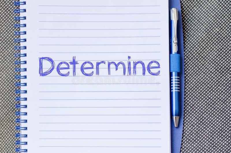 Determine escreve no caderno fotografia de stock royalty free