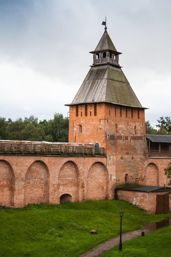 Detinets Πύργος και τοίχος Κρεμλίνο Novgorod στοκ φωτογραφίες με δικαίωμα ελεύθερης χρήσης