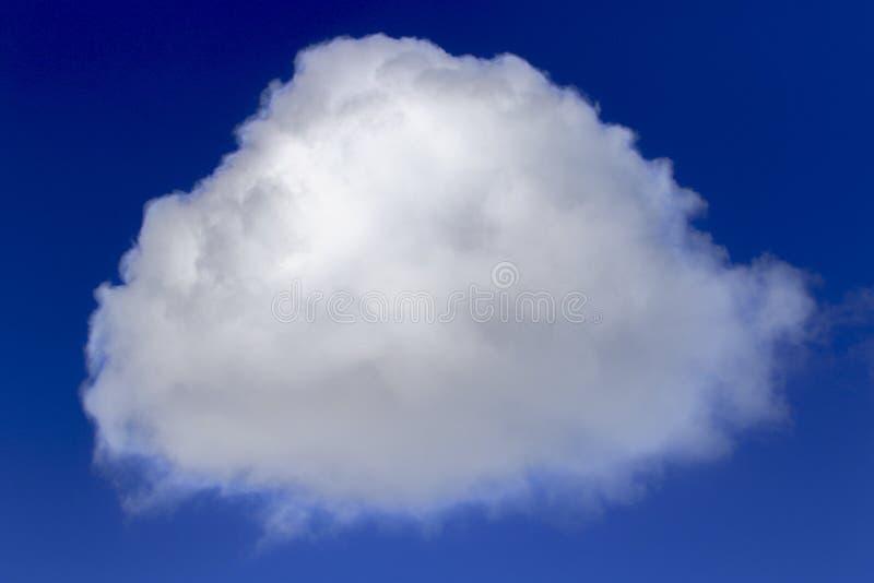Detrás del cielo azul imagen de archivo