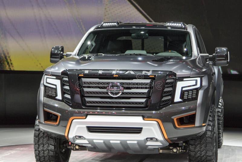 DETROIT - 17 DE JANEIRO: O caminhão 2017 de Nissan Titan Pickup no imagens de stock royalty free