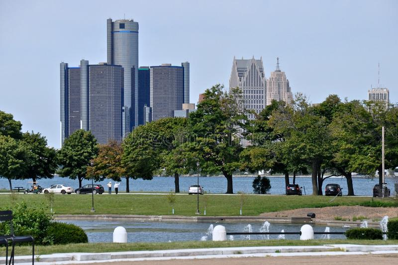 Detroit horisont från Belle Isle royaltyfri foto
