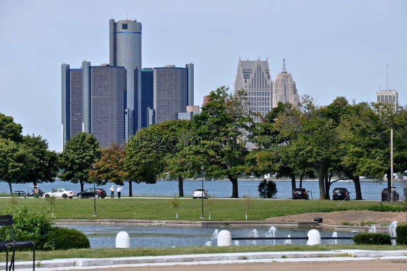 Detroit linia horyzontu od belle wyspy zdjęcie royalty free