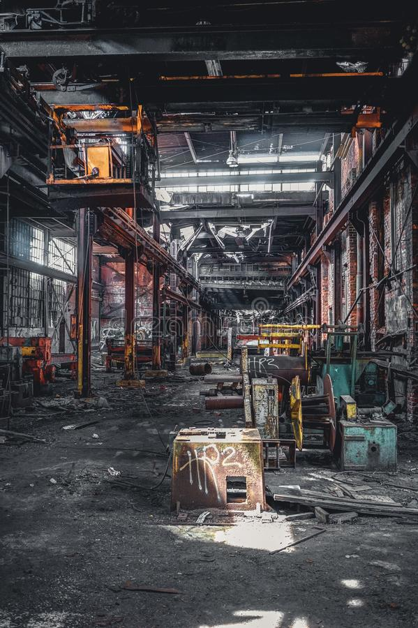 Detroit Michigan, Förenta staterna - Oktober 18 2018: Sikt av den övergav Gray Iron Factory i Detroit Detroit grå färger royaltyfri bild