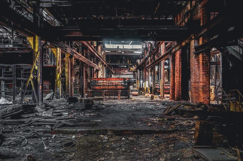Detroit Michigan, Förenta staterna - Oktober 18 2018: Sikt av den övergav Gray Iron Factory i Detroit Detroit grå färger arkivfoton
