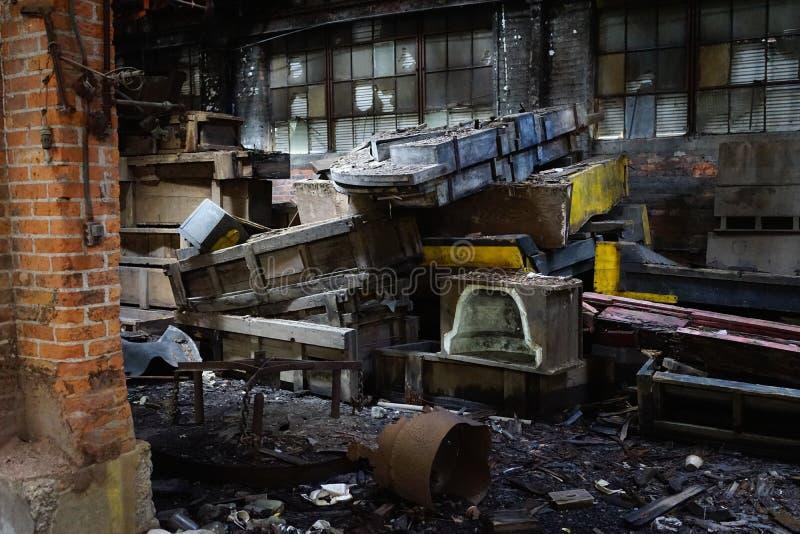 Detroit, Michigan, Stati Uniti - 18 ottobre 2018: Punto di vista di Gray Iron Factory abbandonato a Detroit Detroit grigia immagini stock libere da diritti