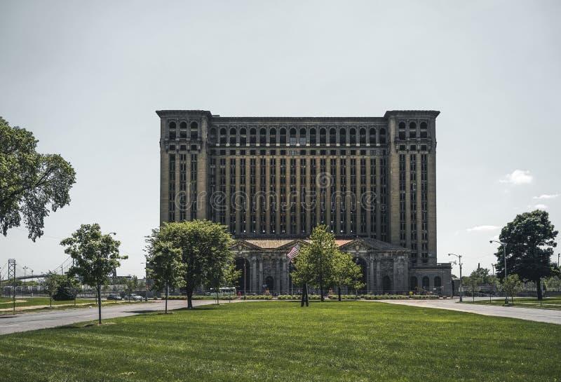 Detroit, Michigan, Stati Uniti - ottobre 2018: Una vista di vecchia costruzione della stazione centrale del Michigan a Detroit ch immagini stock libere da diritti